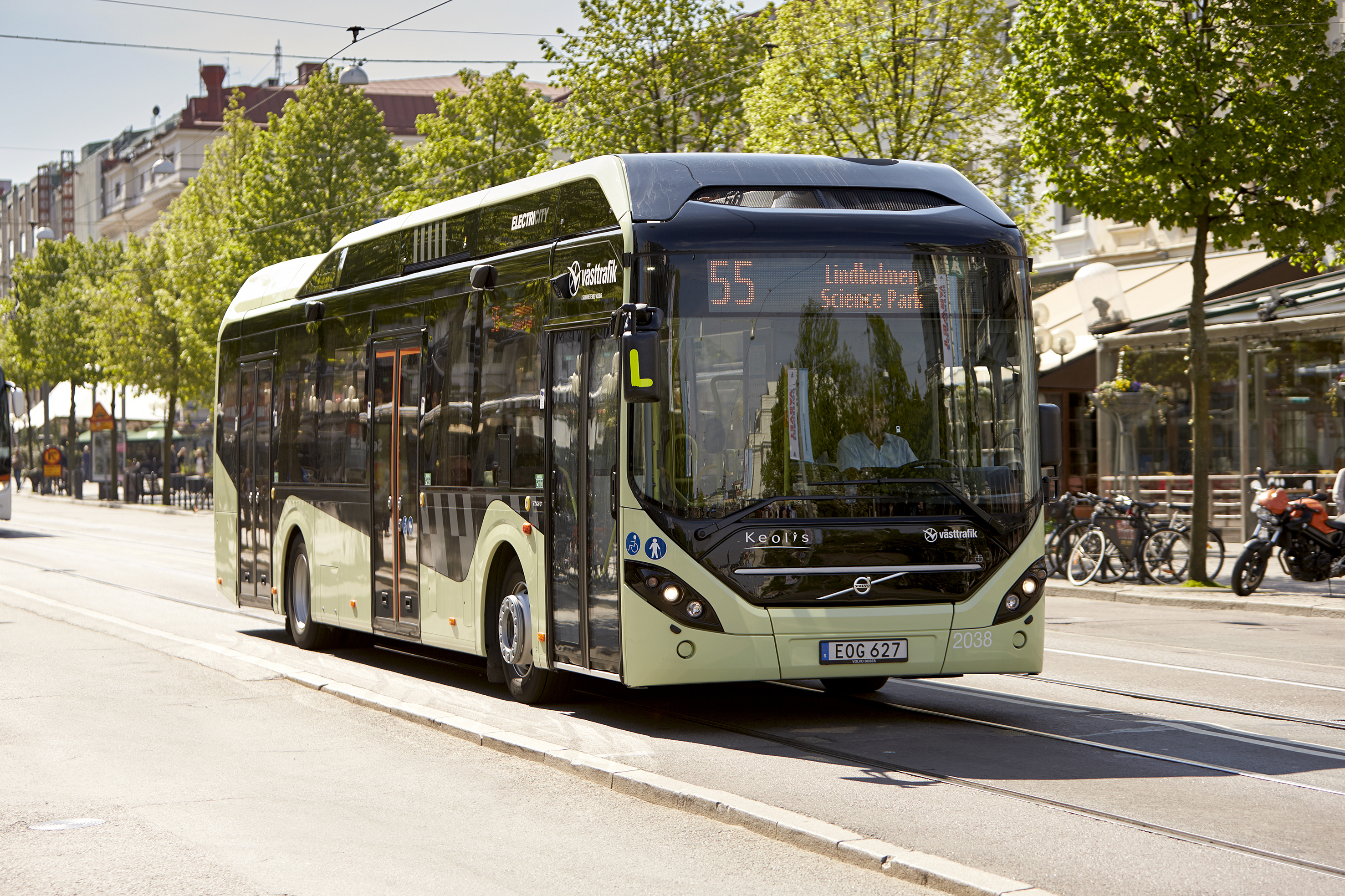 volvo_7900_electric_hybrid.jpg